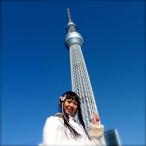 """東京スカイツリーはすごいです *o* The amazing Tôkyô Sky Tree """"a new symbol of the city, fusing traditional and cutting-edge Japanese technology"""""""