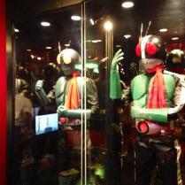 2013-08-japon-restaurant-Kamen-Rider-the-diner-3