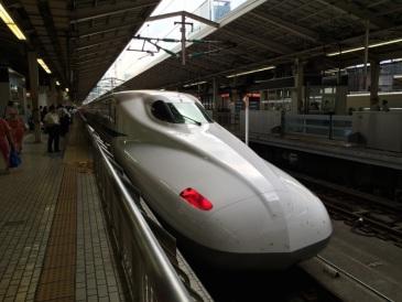 Now in a Shinkansen Nozomi! のぞみに乗っています☆