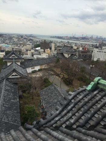 和歌山城の上から Du haut du château de Wakayama — at 和歌山城.
