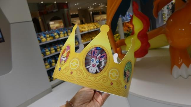 anniversaire-birthday-pokemon-center-mega-tokyo-crown