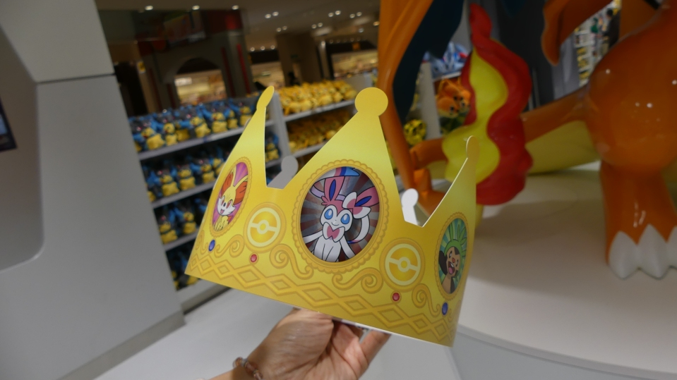 anniversaire-birthday-pokemon-center-mega-tokyo-crown