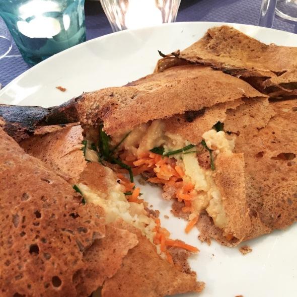 gourmandises-a-nantes-vegan-galette-vegetalienne-divine-victorine