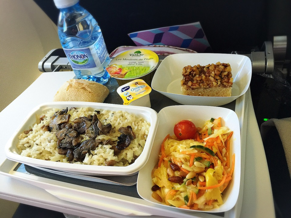 menu-vegetalien-air-france-repas-complet